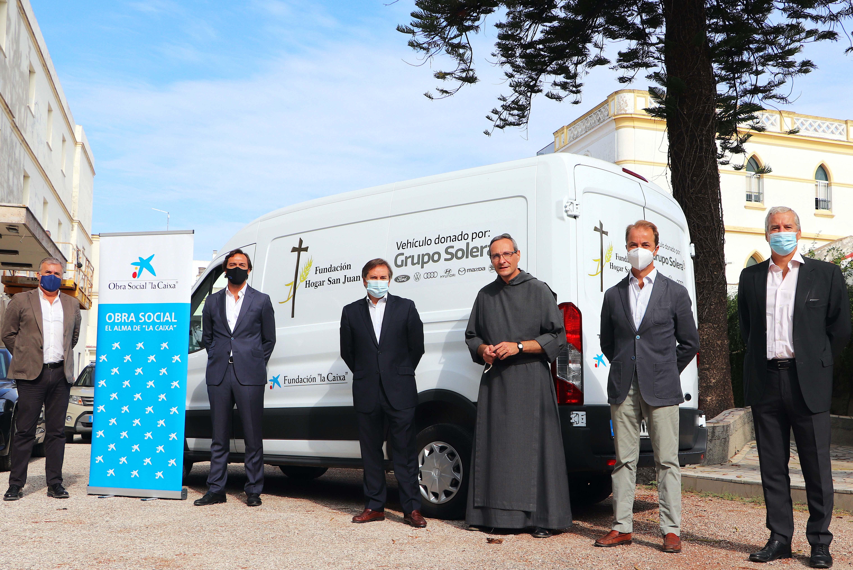 Grupo Solera dona una furgoneta al Hogar San Juan de Jerez